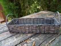Fonott tégla alakú tároló