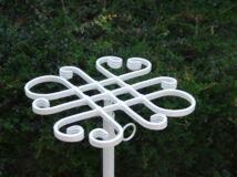 Virágtartó rács tető fehér