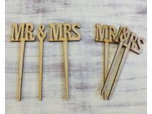"Natúr fa - ""Mr & Mrs"" beszúrós 2db/csomag"