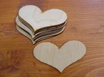 Natúr fa - Romantik szív lyuk nélkül 6x9cm 10db/csomag
