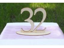 Natúr fa Asztalszám 32-es