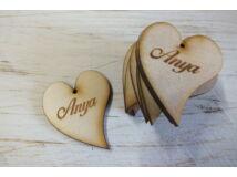 """Natúr fa - """"Anya"""" gravírozott szív 5cm 10db/csomag"""