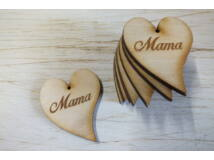 "Natúr fa - ""Mama"" gravírozott szív 5cm 10db/csomag"