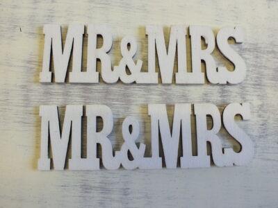 """Fa """"MR&MRS"""" felirat fehér 3x10,5cm 2db/csomag"""