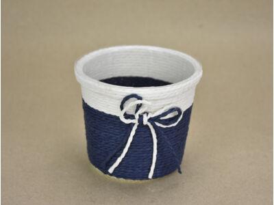 Köteles kaspó masnival, bélelt kék