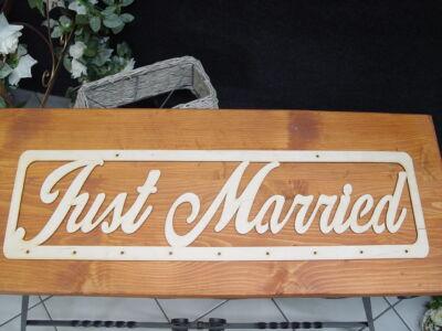 "Natúr fa - ""Just married"" felirat lyukakkal 70cm"