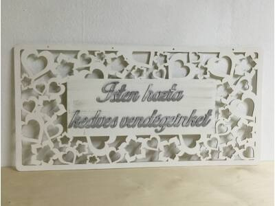 """Köszöntő tábla """"Isten hozta kedves vendégeinket"""" fehér"""