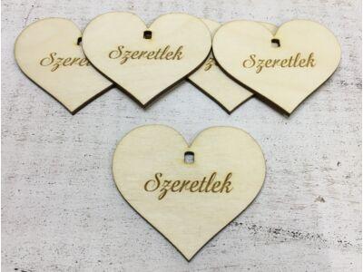 """Natúr fa szív """"Szeretlek"""" 7cm 5db/cs (szív állványhoz)"""