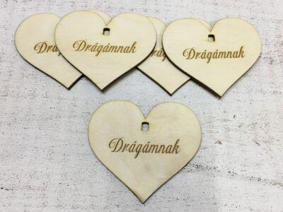 """Natúr fa szív """"Drágámnak"""" 7cm 5db/cs (szív állványhoz)"""